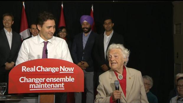 #Mississauga's Legend Hazel joins @JustinTrudeau along side @iamIqraKhalid and @NavdeepSBains #Live #Election #Oct19 http://t.co/Pk0uIEXefO