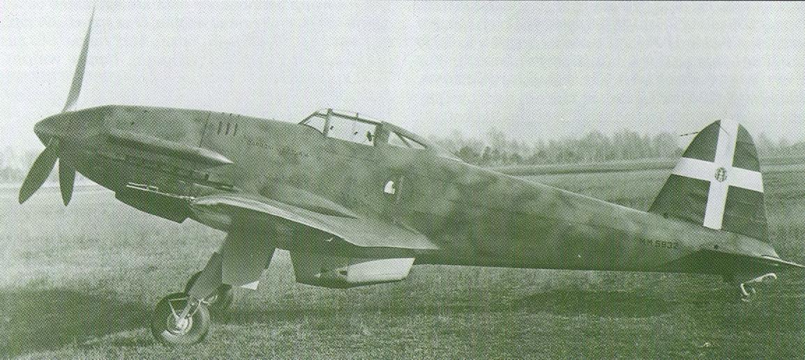 D.5201938年初飛行のフランス製...