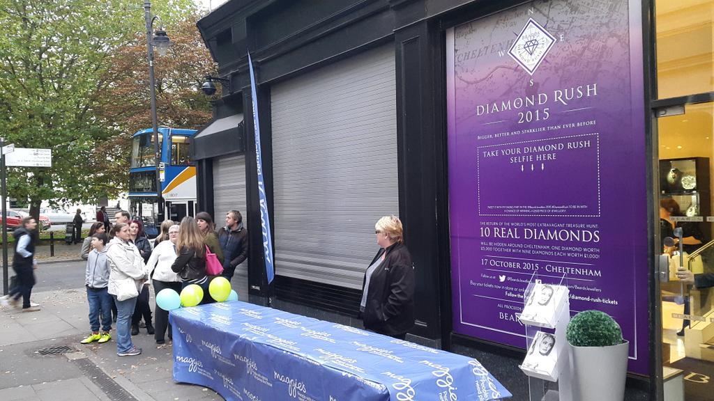 Diamond hunters all set for @BeardsJewellers #DiamondRush. #cheltenham http://t.co/teASyyDmJ8