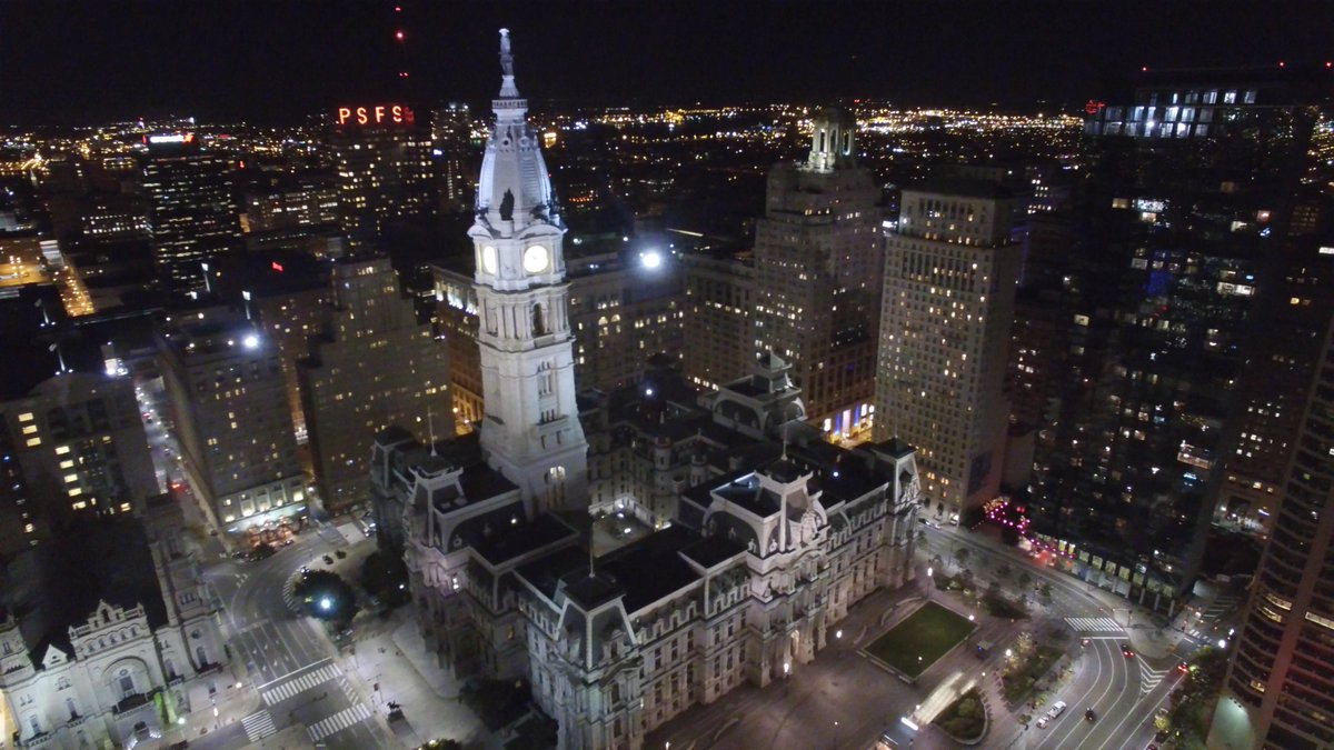 Captured incredible images high above #Philly at night! EPIC drone footage here: https://t.co/yOIeWvzbhq http://t.co/TFf3iL5NGf