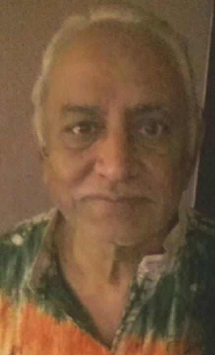 Friend's Dad with Alzheimer's #MISSING from Mayur Vihar. If found contact Apurv 9811701269 https://t.co/CAmwX31vP4 http://t.co/BdXkD45KWI