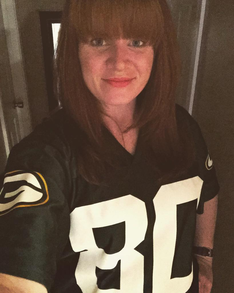 Packers throwback day? Then I'm wearing the number of one of my all time faves, @Donald_Driver80. http://t.co/QGYKvw5vZA