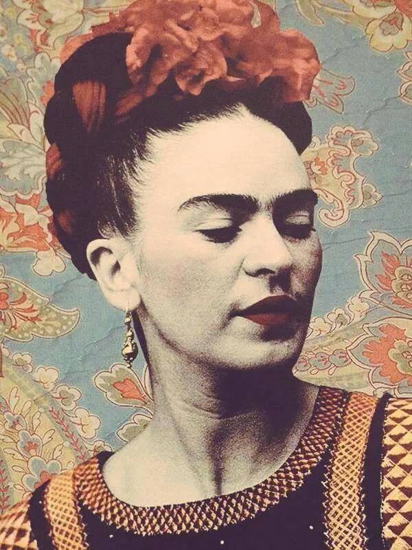 frida kahlo short answer Mexican artist frida kahlo is remembered for her self-portraits, pain and passion, and bold, vibrant colors she is celebrated in mexico for her attention to mexican.