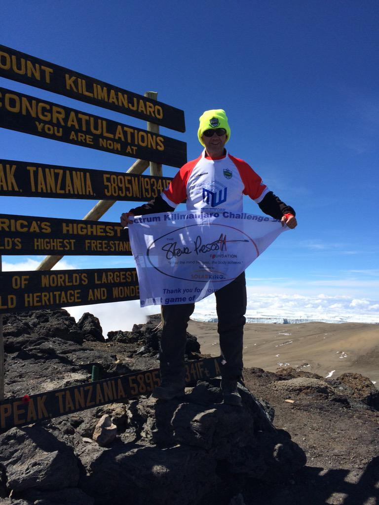We did it. Climbed #kilimanjaro & played a full game of rugbyleague for @StevePrescott1 #kili4precky https://t.co/SH27idK6sx