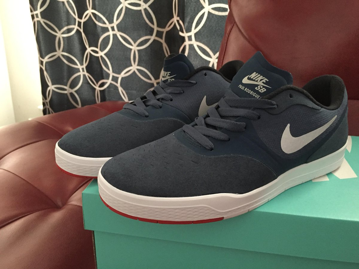 Navy/Blue @prod84 9s is cold