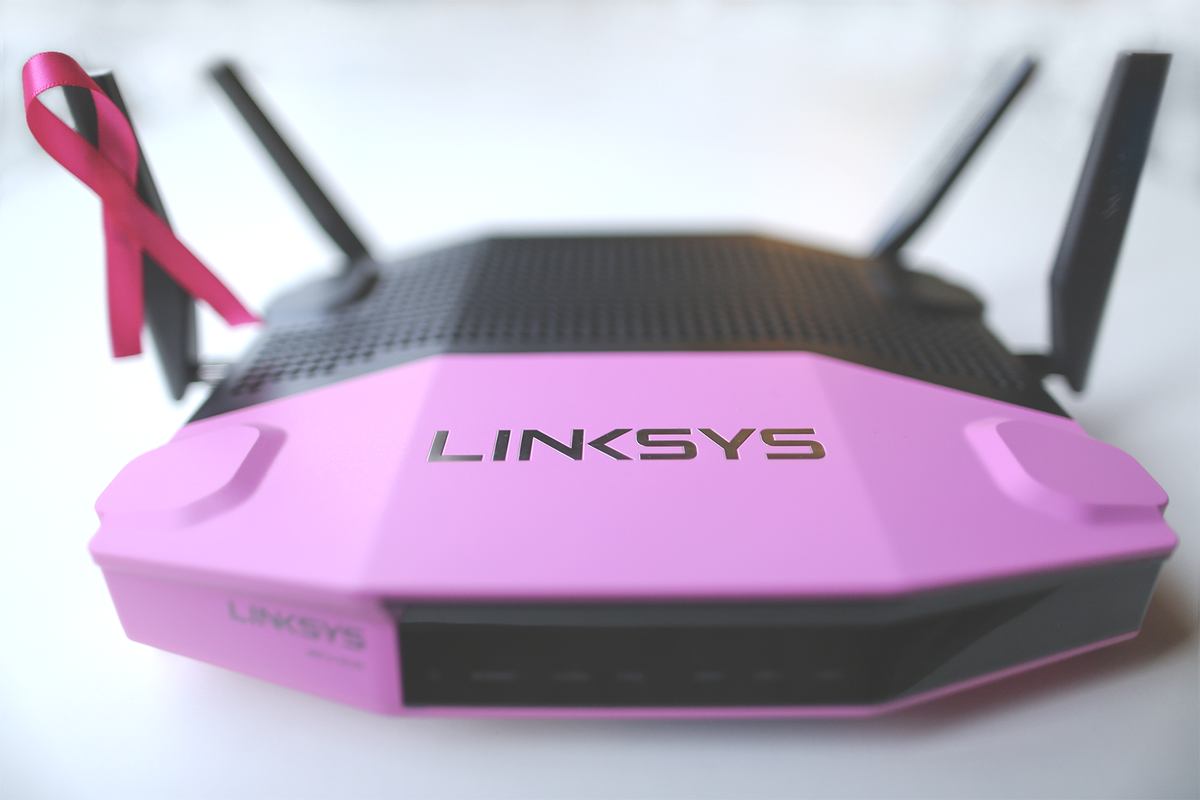We're giving away 30 pink routers for #BreastCancerAwareness Month! See how: https://t.co/VXHx1VEq9A https://t.co/gJ0TeGAU5P