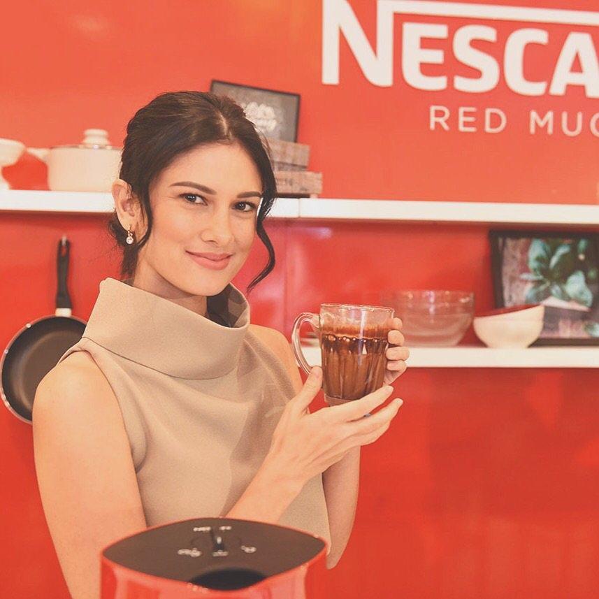 I love my #NescafeRedMugMachine! #StartCreating gourmet coffee w/the free recipe book. @nescafeph https://t.co/z5X3VLWXpU