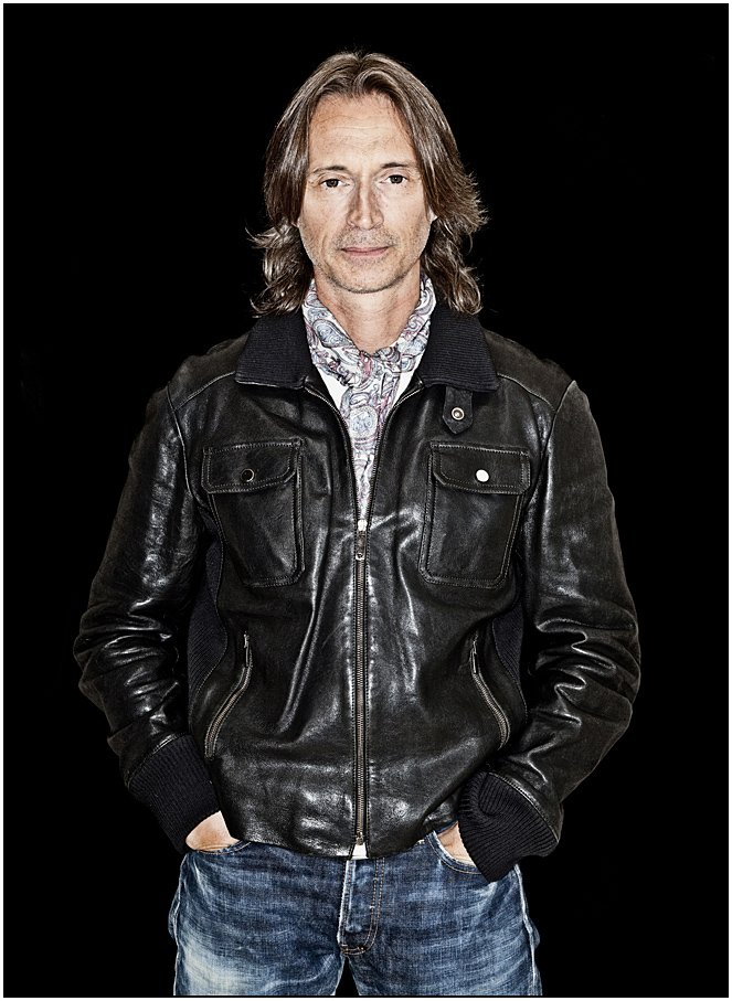 Salutations and congratulations to Alumni @robertcarlyle_ on making @thelistmagazine #ListHot100 https://t.co/DKcvnv9iit