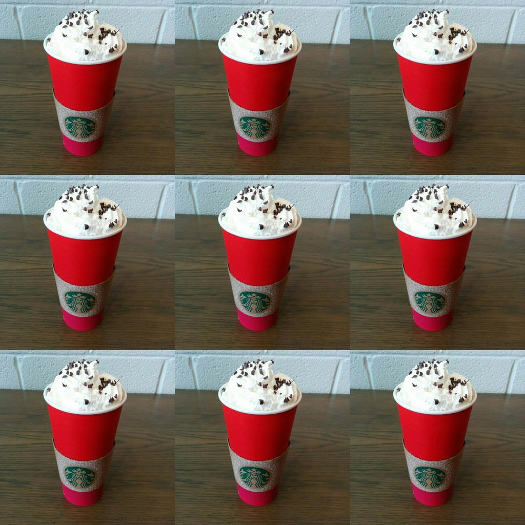 The BEST peppermint Mocha #RedCups https://t.co/9JxungO4bD