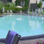 .@VisitSanDiego hotel @DanaMissionBay for $93/night! #TravelTuesday #California  https://t.co/cj8RFGhuJA https://t.co/Zs3SvK2yFm