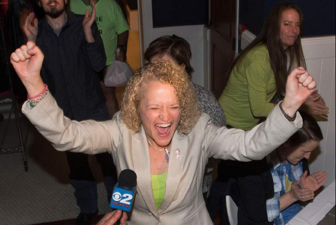 Jackie Biskupski to become first openly gay mayor of Salt Lake City; Becker yet to concede. https://t.co/p3UUsAh7pN https://t.co/2OZGwgdniS