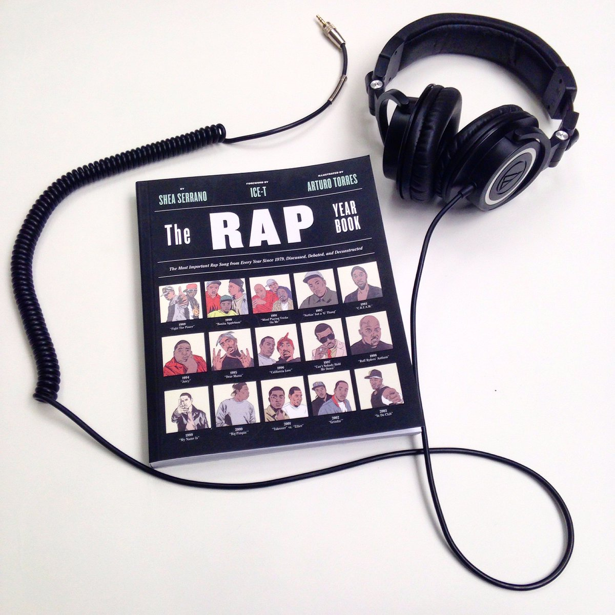 Congratulations to our brand new @nytimes bestselling author @SheaSerrano! #RapYearBook https://t.co/1hS9jbcZnc