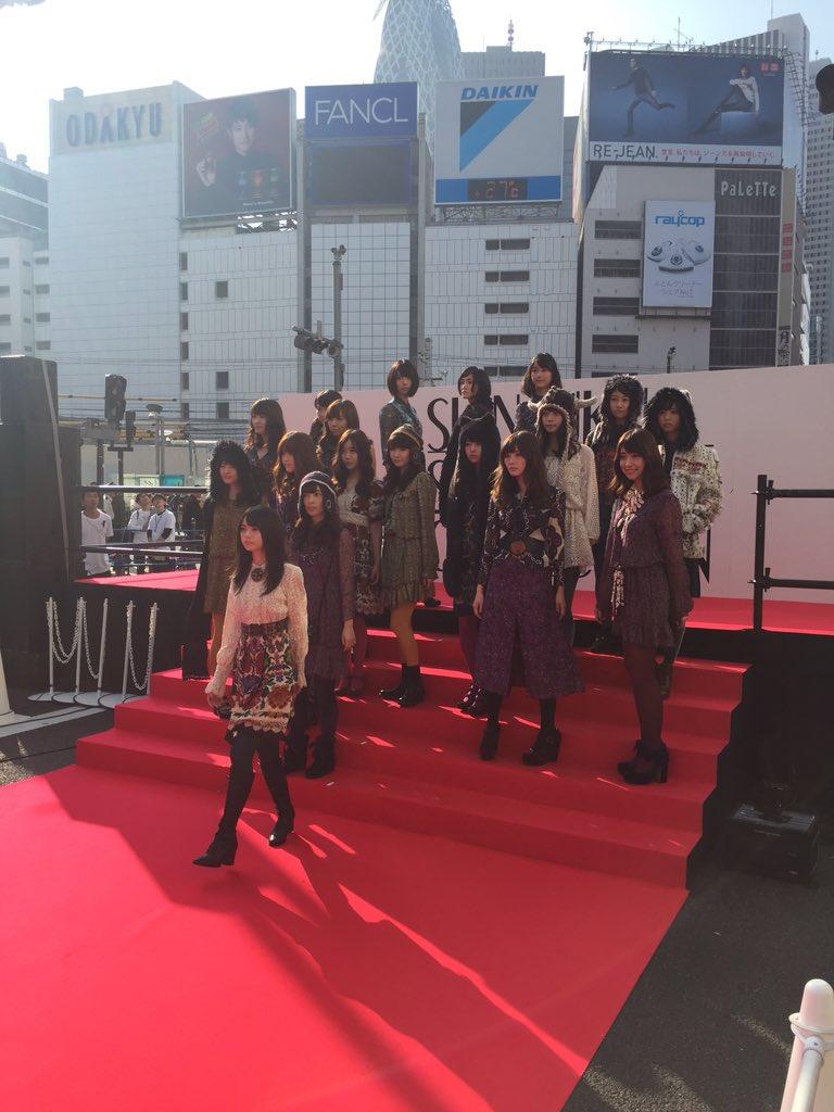 スペシャルゲストは、乃木坂46のみなさんです!! https://t.co/j5876QniF9