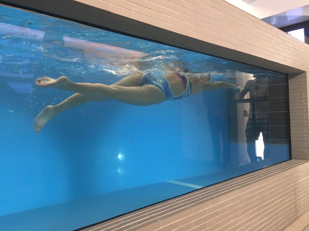 北島康介がプロデュースする代官山のスポーツクラブ「FLUX conditioning」のオープニングパーティーに行ってきたなう!! 流水プール凄かったやん!!! https://t.co/KJLoEWAaAQ https://t.co/2dZgLYJPS4