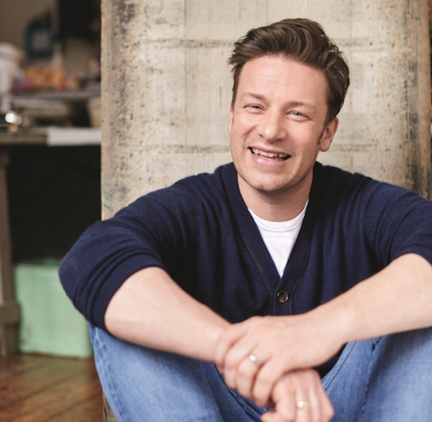 RT @Chatelaine: Woot! @jamieoliver will be at Chatelaine HQ tonight! Get your q's in for our Periscope @ 5:30ET #ChefSeries https://t.co/Mp…