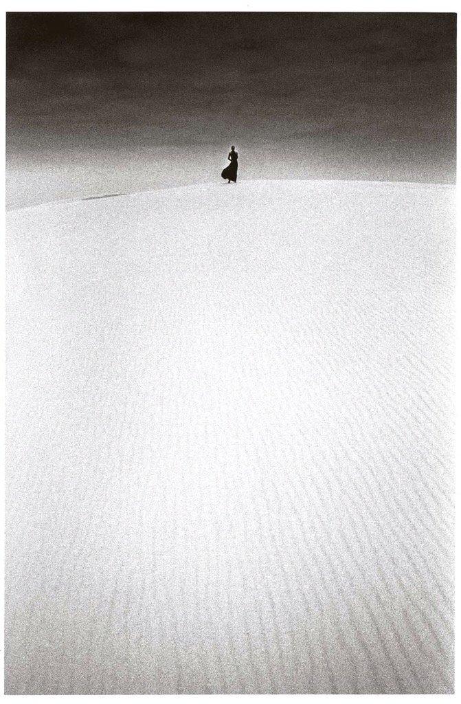 Jeanloup Sieff, Dune du Pilat, France, 1973 https://t.co/njuaAGZ3se