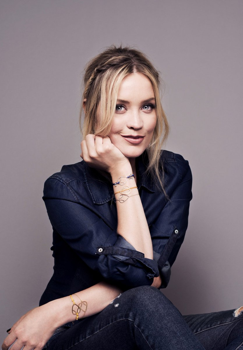 TONIGHT.  #LauraWhitmorexDaisy  @Daisy_Jewellery @thewhitmore https://t.co/UWFXpn9ZEG https://t.co/XxKufoNmBM