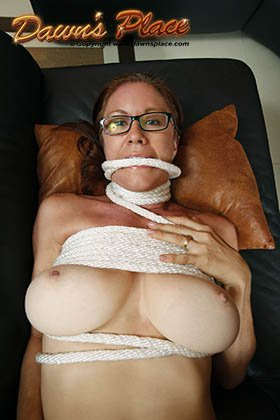 More #Halloween fun - #tieup and do what you will!  https://t.co/AerNzvCCCL #dawnsplace #bigboobs #bignaturals