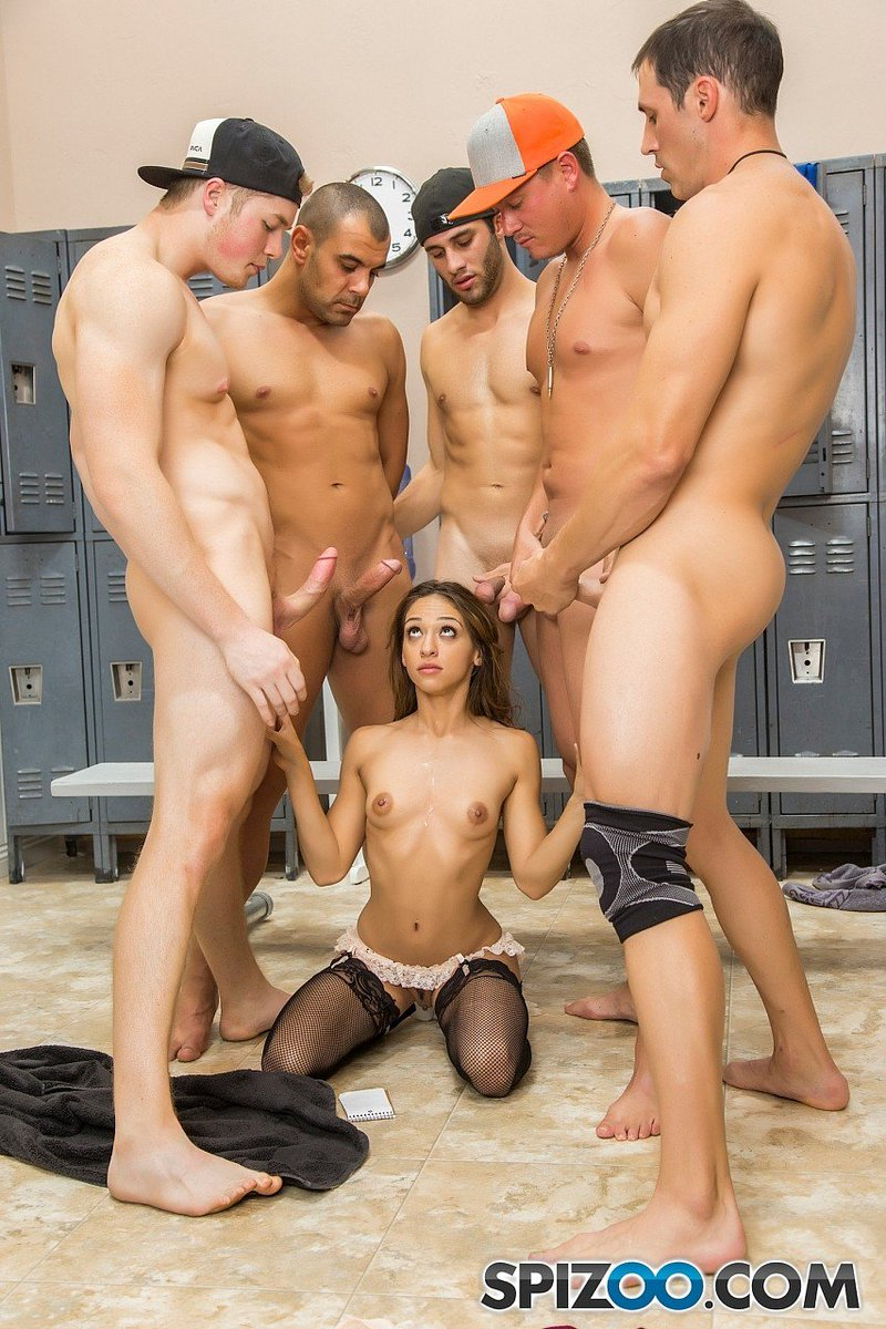 RT : #Spizoo #HardX #SaraLuvv has been pushing the envelope lately. Two #blowbang videos so