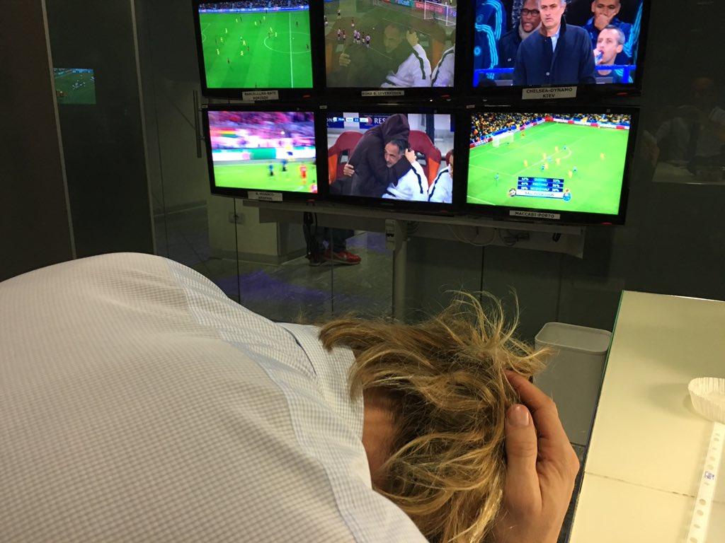 Balzaretti che come @Florenzi non guarda il rigore di Pjanic