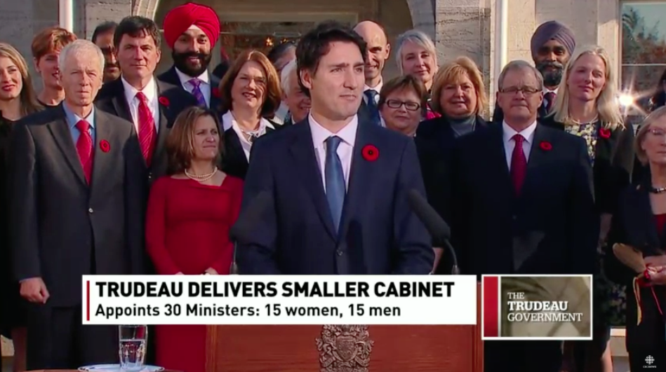 "Asked why he went with gender parity in his cabinet, Trudeau says ""Because it's 2015"" https://t.co/QWEKJjPR5i https://t.co/eF7YpMYxvZ"
