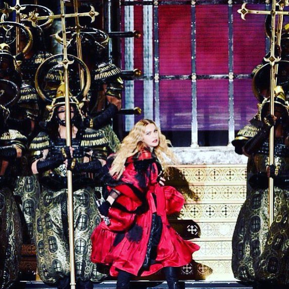 We Came..... We Saw......We Conquered‼️. L.A. Was ????. Thank You! ❤️ #rebelhearttour https://t.co/uvMdID2NTK