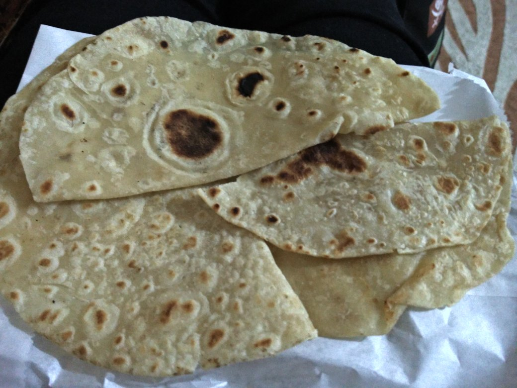 Dear @javahouseKE , these are not tortillas, they are chapatis #fail https://t.co/ALrTl8IlrE