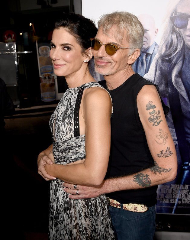 #SandraBullock And #BillyBobThornton Take The #Prom #Pose To The #RedCarpet #fashion #runway https://t.co/IwJI4CuSFm