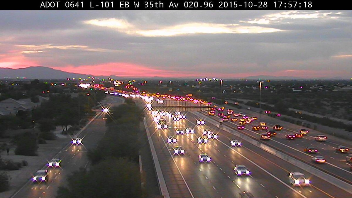 Pretty in Pink.  Another great @ArizonaDOT camera capture. https://t.co/ygkBpKgg9v