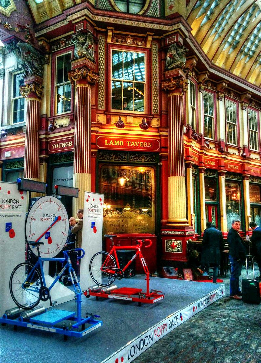 Setup at London's Leadenhall Market for the London Poppy Race, part of London Poppy Day. #LDNpoppyday @PoppyLegion https://t.co/4jwulimgsT