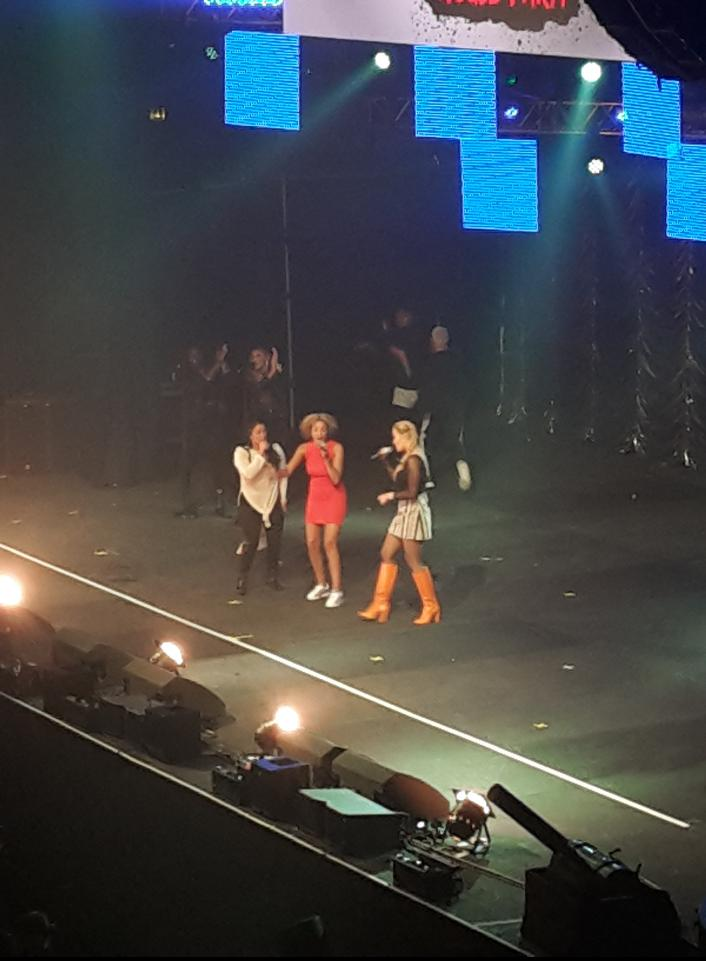 RT @KissTVUK: The gorgeous @RitaOra killing it on stage with her #XFactorGirls #KISSHaunted https://t.co/gXiC1wSJxy