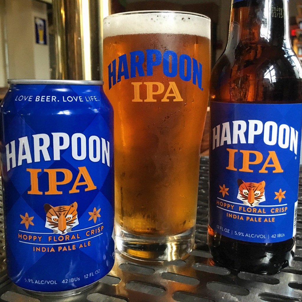 Looks change, friends don't. Check out our NEW Harpoon IPA packaging! https://t.co/HqNxNKSOzf