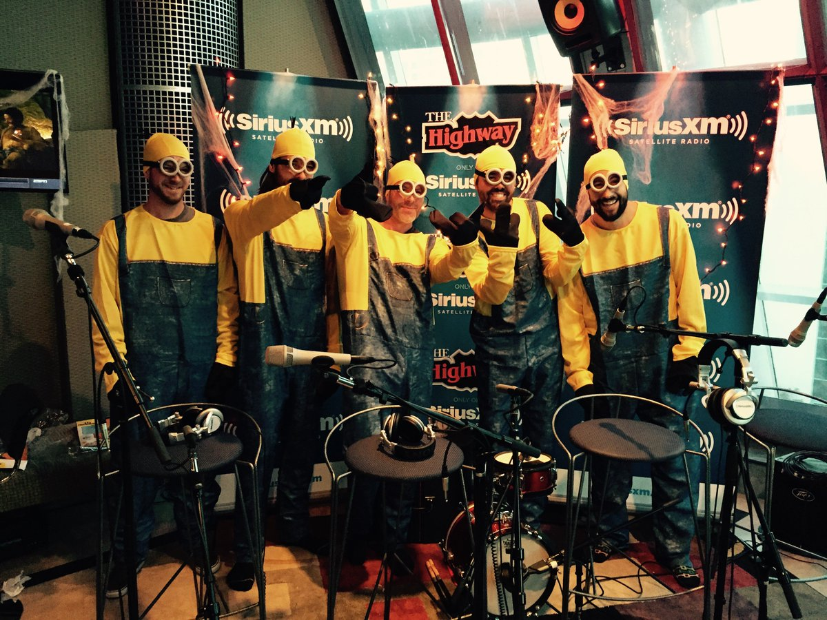 Say hello to...Old Do-MINIONS @OldDominion @stormewarren @prodbrittsxm https://t.co/rN8AJSLUuF