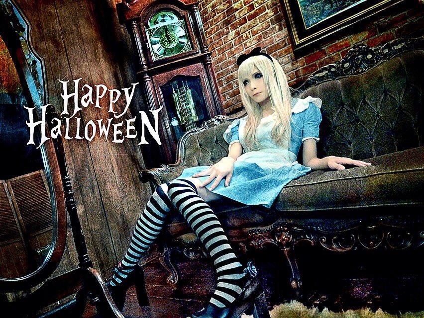 Happy Halloween !!(。・_・。)/ https://t.co/rRZG8kDu49