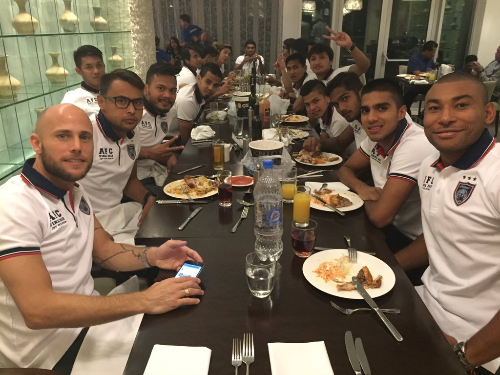 Dinner time with teammate..cant wait for 2morrow #AFCCupFinal #2015 #ss10 https://t.co/jyLW66X5CJ