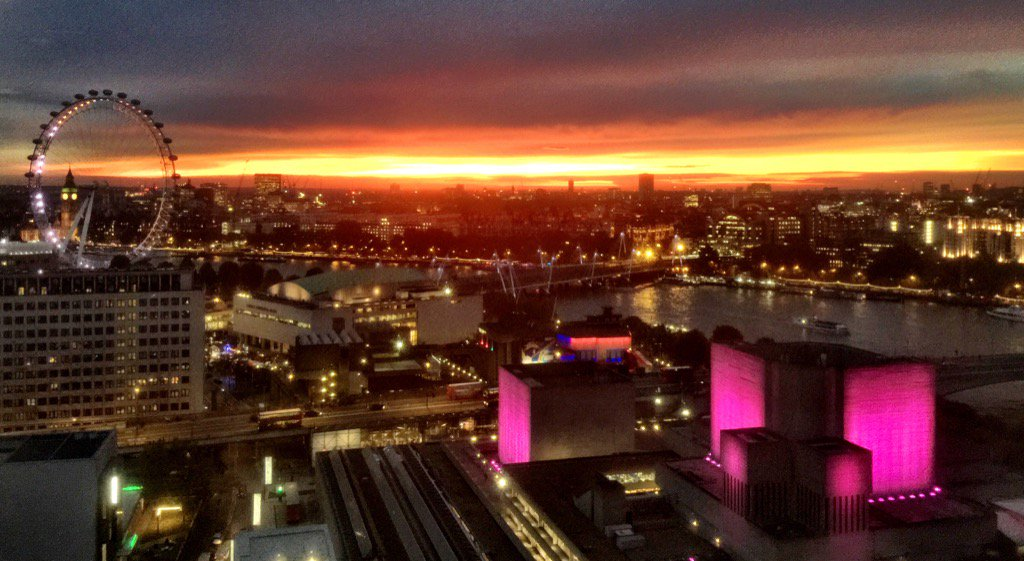 Awesome sunset across#London https://t.co/MN05BbWF5h