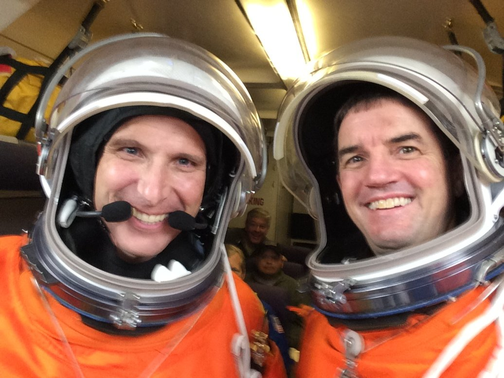 Mike Hopkins and I had great Orion suit test on the zero g C-9 aircraft. https://t.co/HK5b2BIAw7