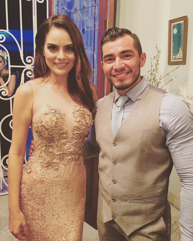 Un gusto conocer a alguien tan talentosa y guapa, que bonita energía tienes @ximenaNR  #MissTeenMexico2015
