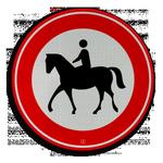 Ruiters mogen niet op voetpaden, stoepen, fietspaden en fietsstroken komen, ook niet als je naast je paard loopt!! https://t.co/jUivMcQ6FM
