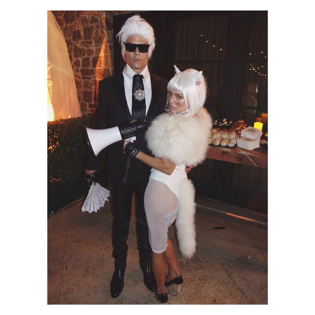 RT @JaredEng: .@Fergie as #Choupette @JoshDuhamel as #KarlLagerfeld #Halloween #BestCouplesCostume https://t.co/olHYY8LDYA