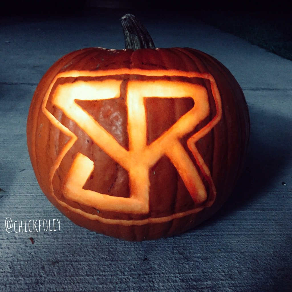 "Happy Halloween! Stayed up late last night watching ""Psycho"" and carving my @WWERollins Jack-O-Lantern!"
