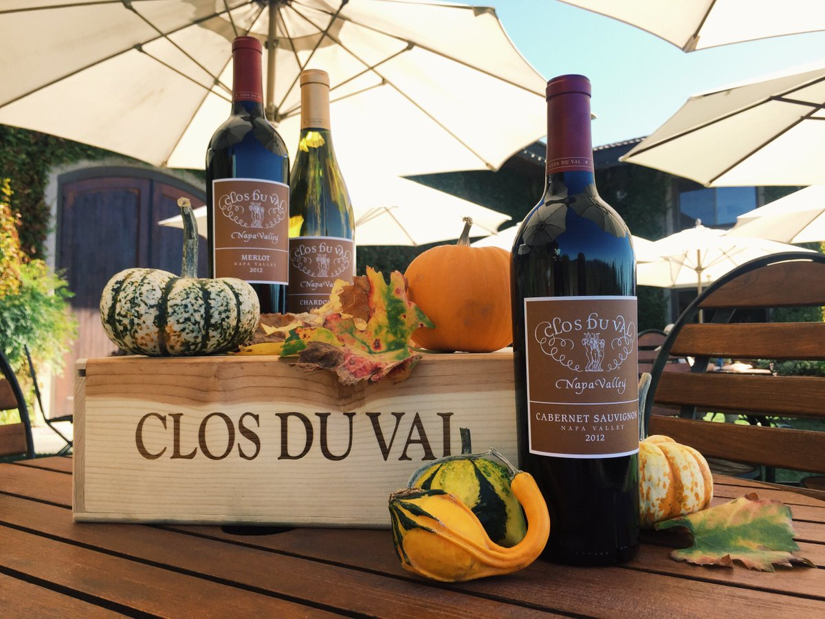 Happy #Halloween from Clos Du Val!  May your eve be filled with fright (and #wine flights). https://t.co/hTTllpKWAz