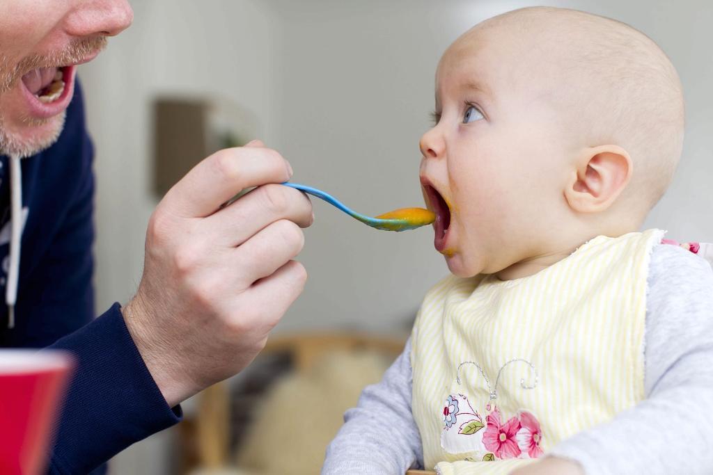 Tidak Dibenarkan Memberikan Makanan Ini Pada Bayi - AnekaNews.net