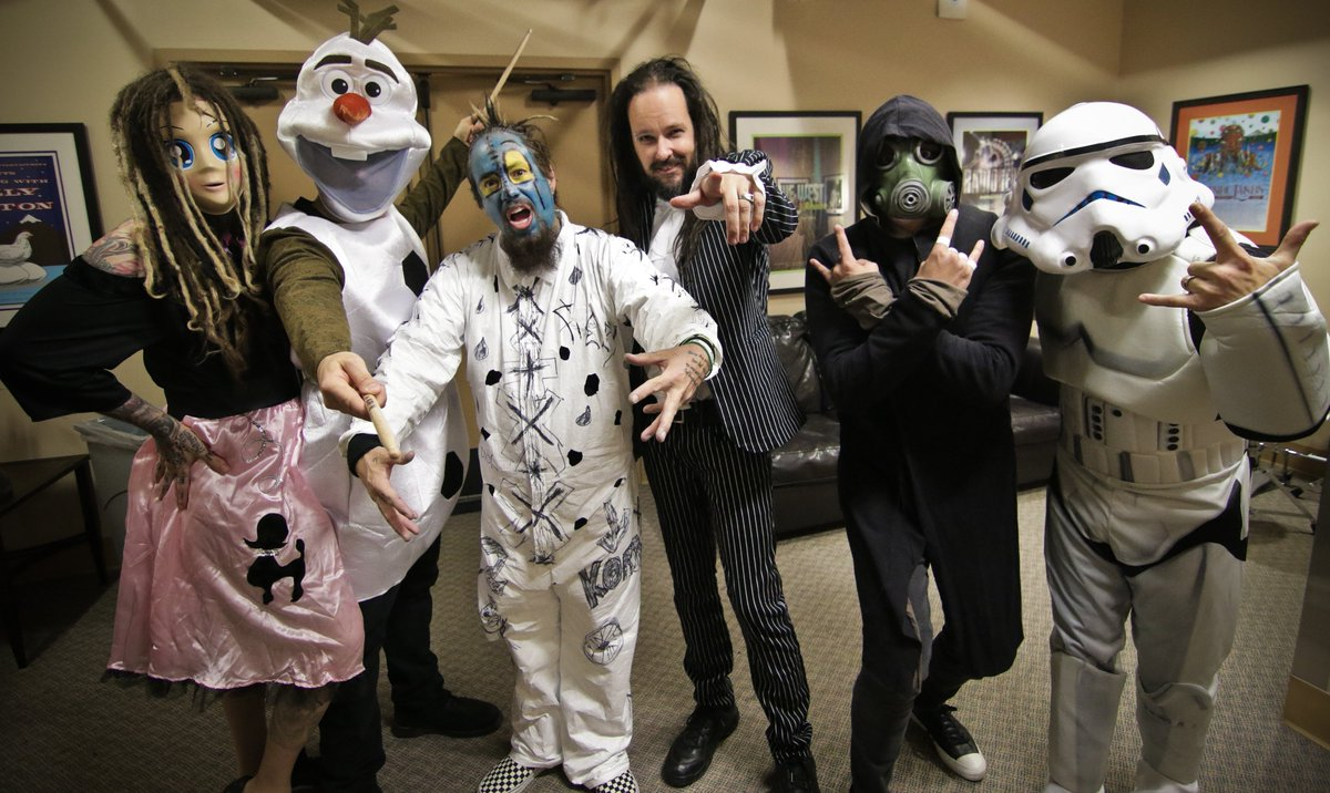 Happy Halloween from Korn! https://t.co/OWvLfAZyqH