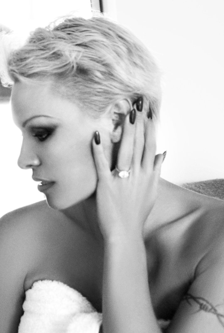 RT @NewGuineaTrips: Check this out, @pamfoundation is selling Tiffany ring to help save the rainforest in PNG https://t.co/cYuSIkL2Vb https…