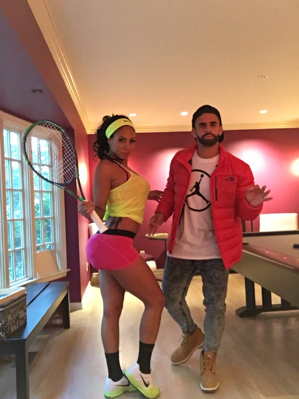 Another entry for best #halloween costume? @sydneyleroux & dom ...