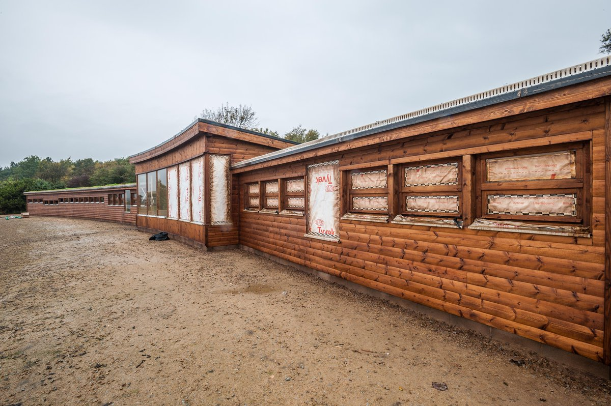 Construction work complete on the new hide @WWTMartinMere. Internal fittings & landscaping underway. Open in 3 weeks https://t.co/FkRZ8gtwuh