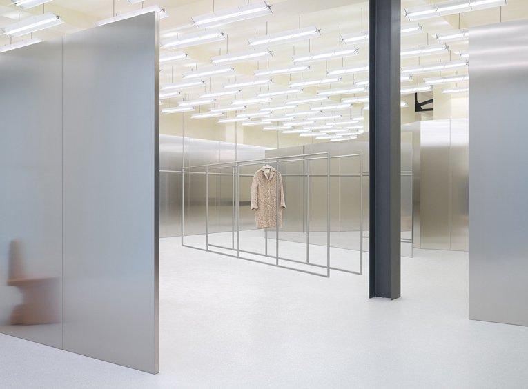 berlin: acne studios opening @acnestudios   https://t.co/CFzVBwQc6x https://t.co/lf0in73u8M