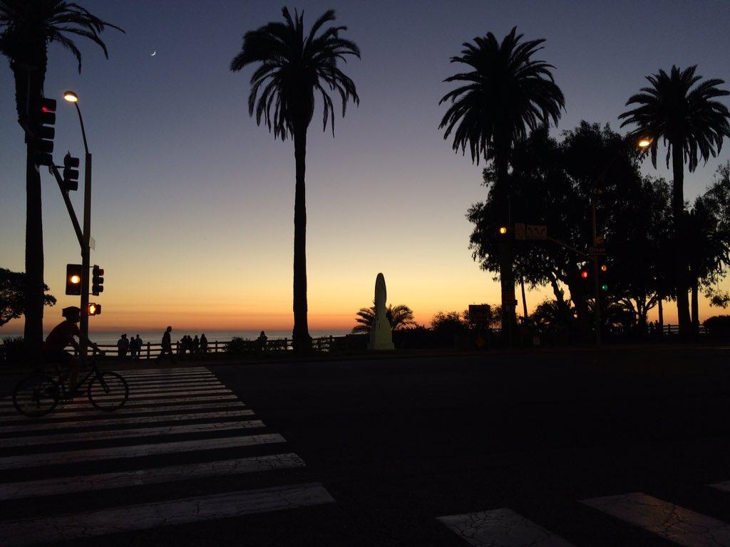 after #sunset #santamonica #MyDayInLA https://t.co/tG2dk8SEvp