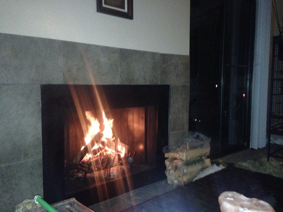 Cozy night by the fire :) Wanna talk on the phone :) select 6 month VIP m/ship -> zhizIHasAH